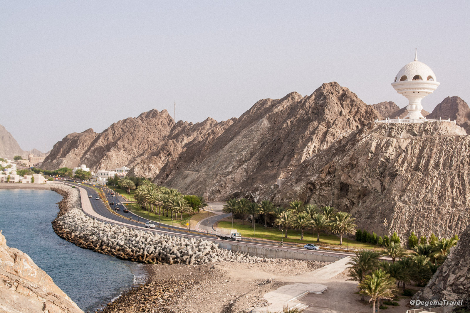 The road from Muttrah to Old Muscat, Oman