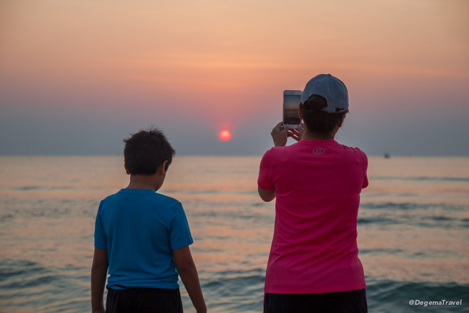 Photographing dawn on Hua Hin Beach, Thailand