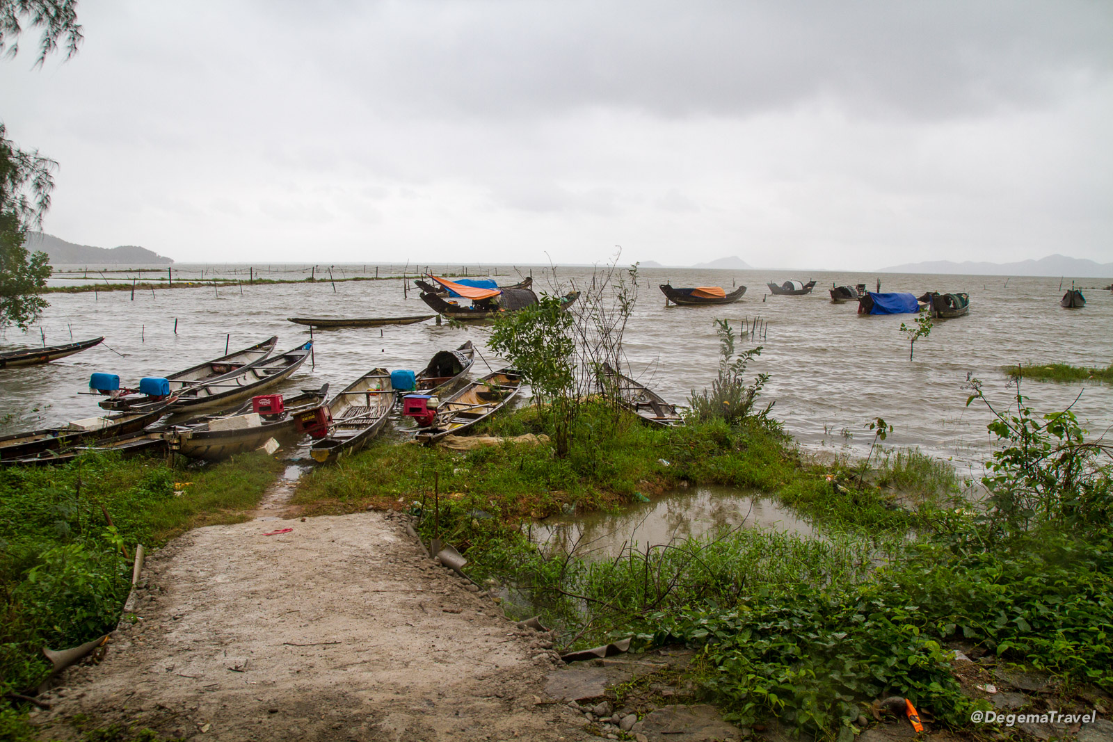 Fishing boats on Tam Giang Lagoon near Huế, Vietnam