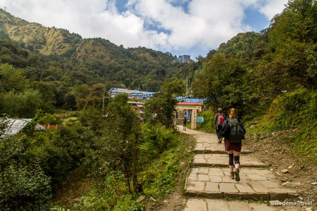 Annapurna Loop to Poon Hill, Day 2 – The Friendly Path to Ghorephani